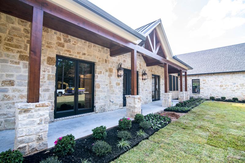 Wallace Lake Custom Home (29)